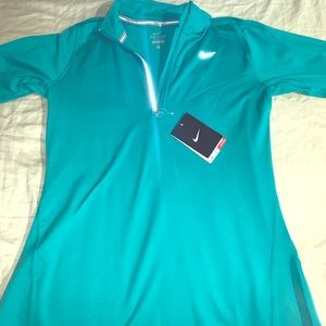 Women's Nike dri element green half zip